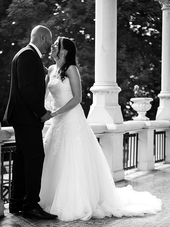 Romantic Wedding at a chateau, black&white